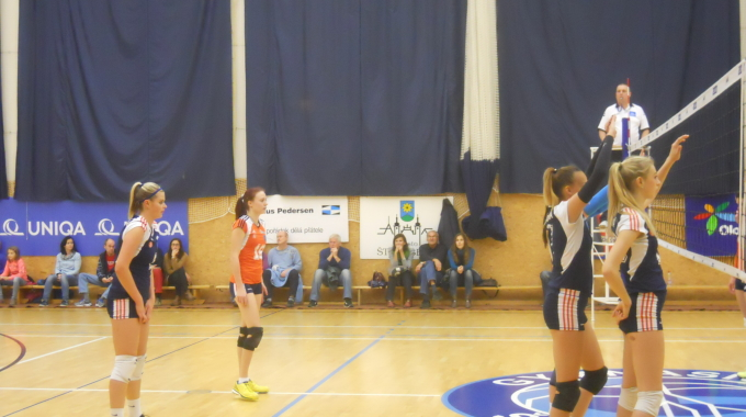 Volejbalové derby ve Šternberku skončilo výhrou olomouckého favorita 3:1